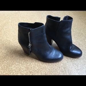 Bini hand made leather bootie